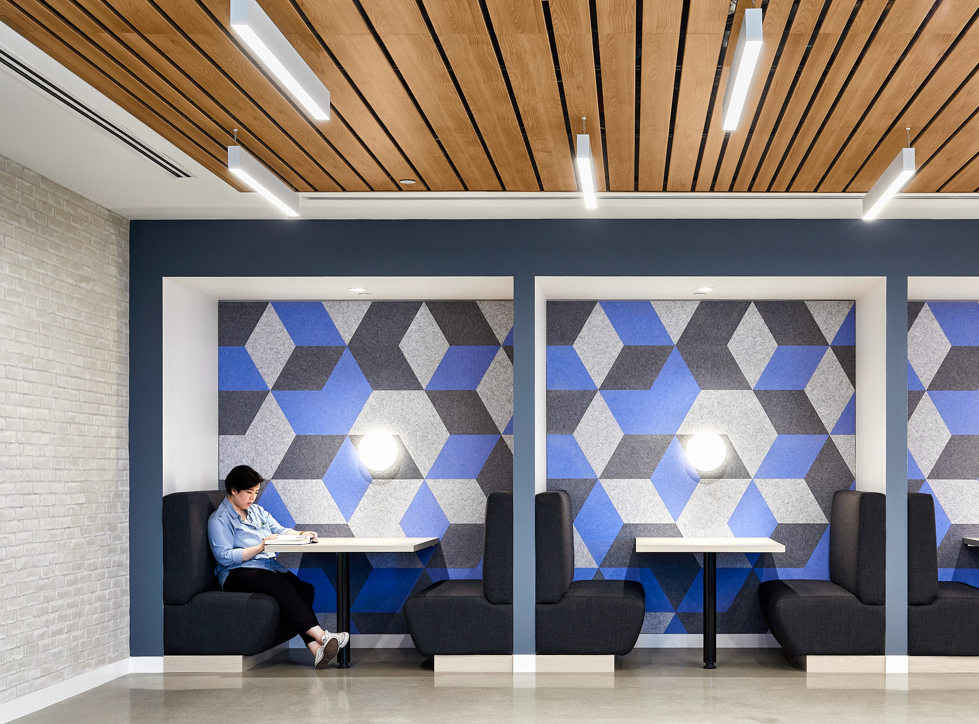 020-BH Architects PCL Offices